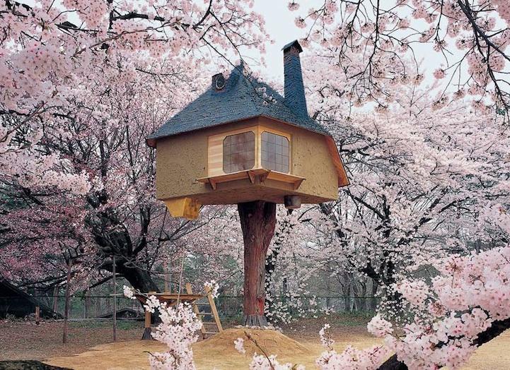Cherry Blossom Treehouse, Terunobu Fujimori, Kiyoharu Shirakaba Museum, Hokuto, Japan