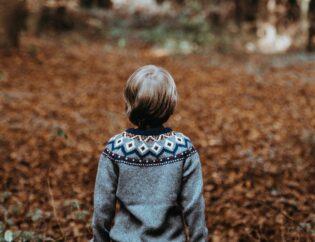 child alone in nature